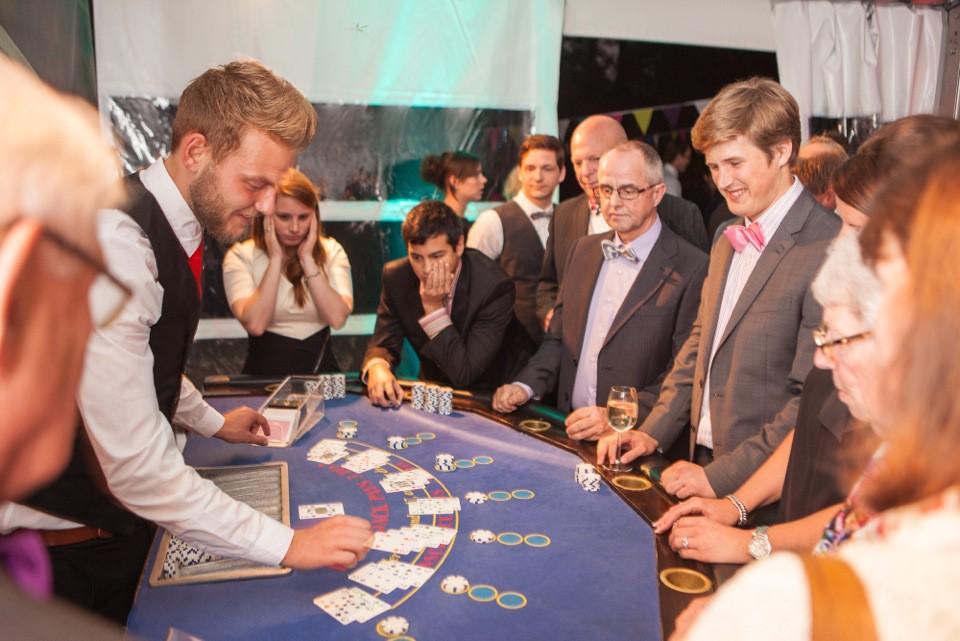 blackjacktafel huren doet u bij casinohuren.nl