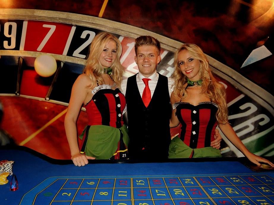 Good Luck girls van Casinohuren.nl