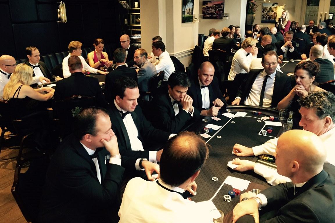 Pokertafel op locatie huren bij casinohuren.nl